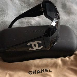 CHANEL Accessories - Mother of pearl Chanel black sunglasses